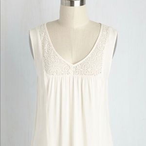 🆕 ModCloth Ivory Lace Detail Tank Sleeveless Top